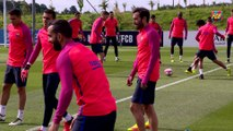 Denis Suárez and Munir talk about the beginning of training camp at St.George's Park