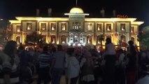 Manisa'daki Demokrasi Nöbetinin Yeni Adresi Cumhuriyet Meydanı