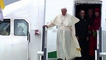 Il Papa è arrivato a Cracovia, al via il viaggio in Polonia