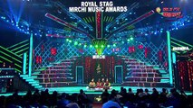 Qawali, Sunil Grover Style At Royal Stag Mirchi Music Awards! -