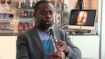 Anthony McGill, Principal clarinet of the NY Philharmonic tries the BD5 clarinet mouthpiece