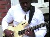 Bisou Bass, Makossa sur la 4 Cordes (CAMEROUN)