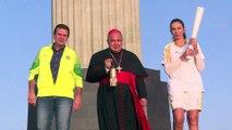JO de Rio : la flamme olympique devant la statue du Christ rédempteur