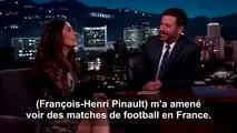 Salma Hayek se moque des supporters VIP français pendant les matchs de football