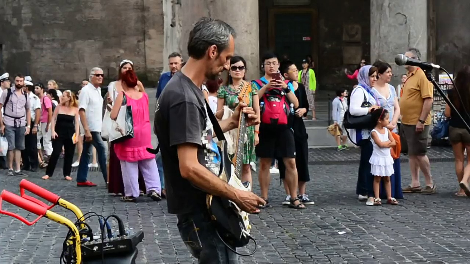Time (Pink Floyd) by a street musician in Rome