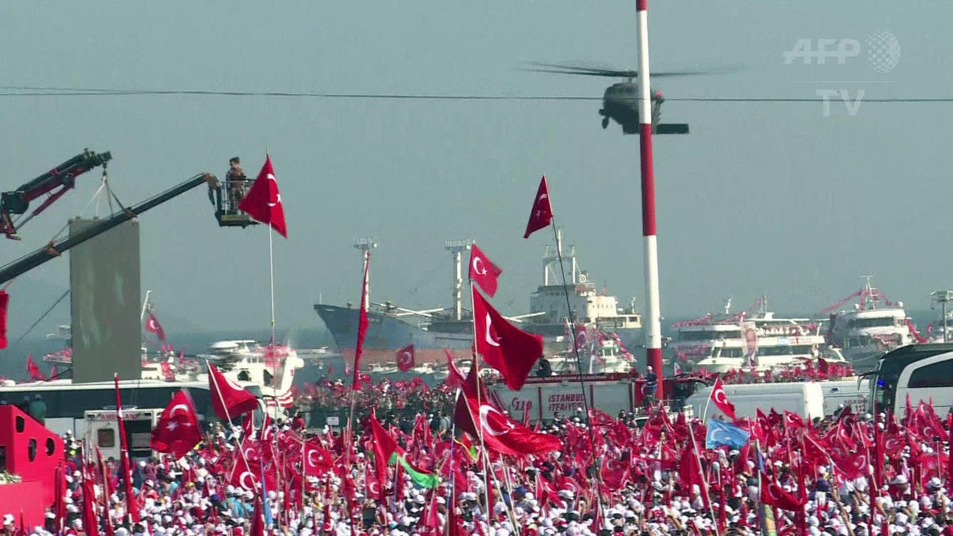 Turquie: Recep Tayyip Erdogan pour la peine de mort