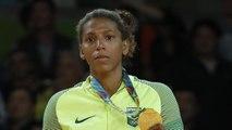 Judoka Rafaela Silva thrills home fans by claiming Brazil's first gold of Games | OLIMPÍADAS RIO 2016 Rafaela Silva do Judô É MEDALHA DE OURO