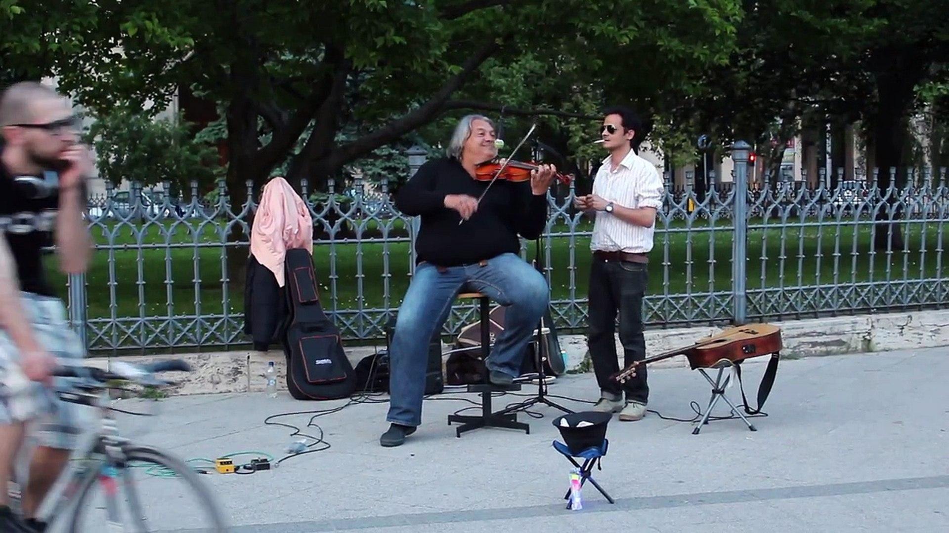 Musicians in Budapesta Hungary