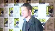 Twilight - Chapitre 4 : Révélation 1ère partie VO - Rob, Kristen et Taylor parlent de leurs fans au Comic Con