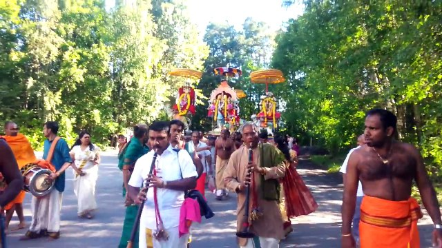 Oslo Murugan Temple Anual Festival 02.08.2016 11th day Mahotsava (Theertha) Thiruvilla Part 1/16
