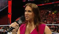 Woow OOPS this is impossible Wwe Raw Stephanie McMahon beats him Roman Reigns whats happen