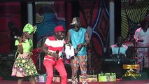 Dj Boubs imite la nouvelle danse de Baye Assane