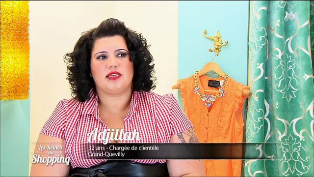 """Une candidate devient la risée des """"Reines du shopping"""" à cause de sa robe - Regardez"""