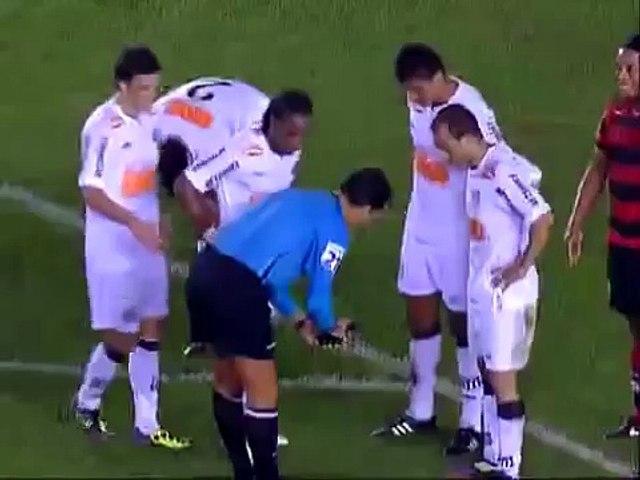 Ronaldinho's Epic Free Kick Goal vs Santos (28/07/2011)