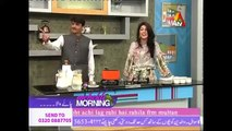 Famous Pakistani Chai Wala Arshad Khan making Chai in Live Show 2016