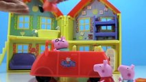 Peppa Pig MUDDY PUDDLES + Visits Farm Toy Episodes | Peppa Pig Toy Videos by Toypals.tv