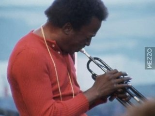 Miles Davis At The Isle Of Wight '70 - Call It Anything 1/2