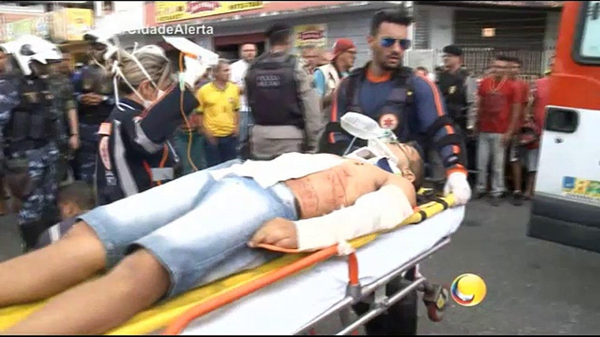 Cidade Alerta - Jovem é baleado quando subia em ônibus no mercado central, em João Pessoa e suspeito