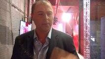Benjamin Maréchal lance son talk-show dans une pompe à essence