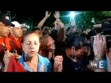 Simpatizantes rezam por Chávez em Caracas