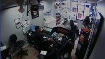 FAIL Deux braqueurs se retrouvent enfermés dans un magasin !