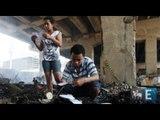 Moradores da Favela do Moinho reerguem barracos após incêndio