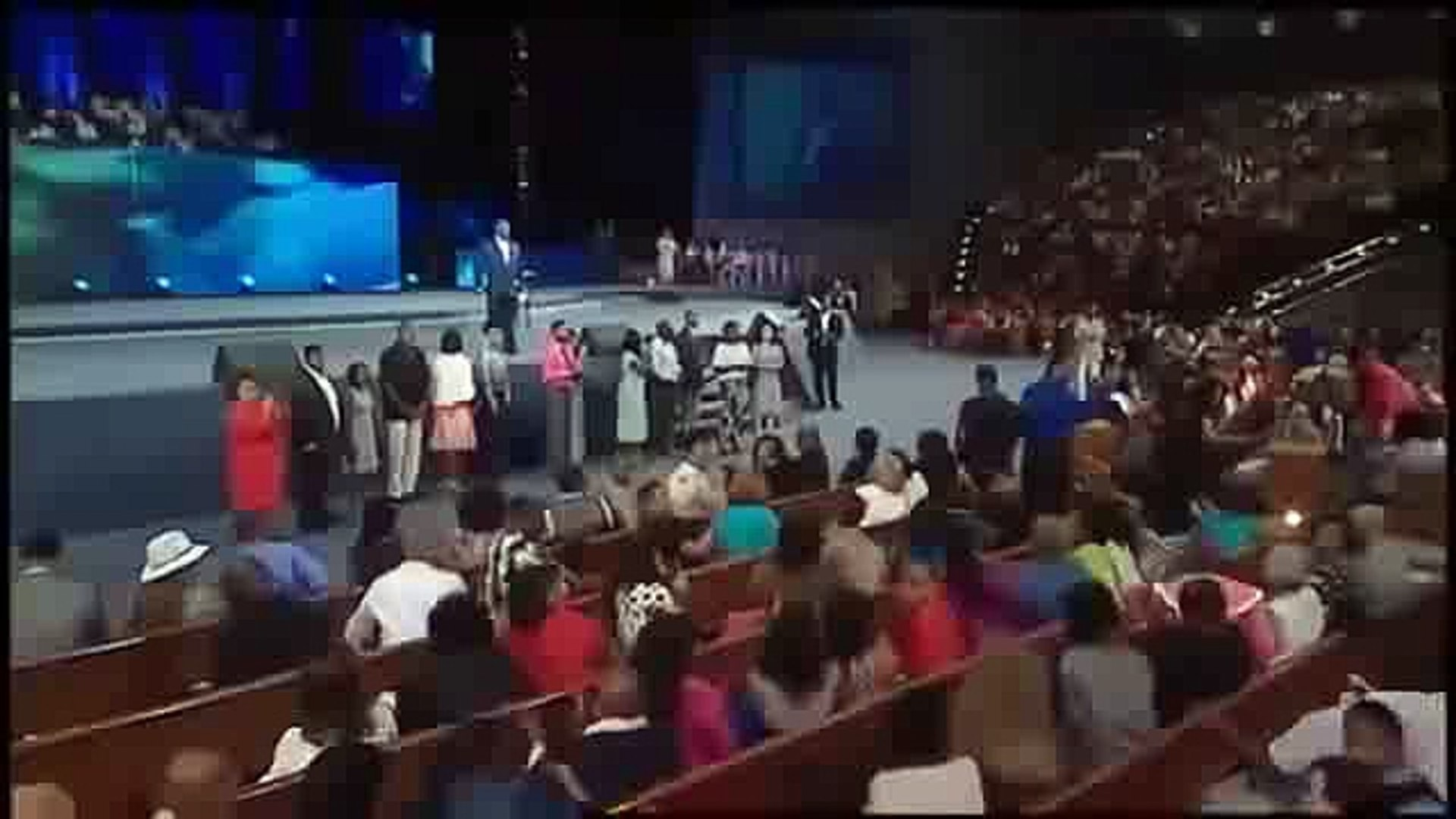 TD Jakes 2016 - Cheering You -001
