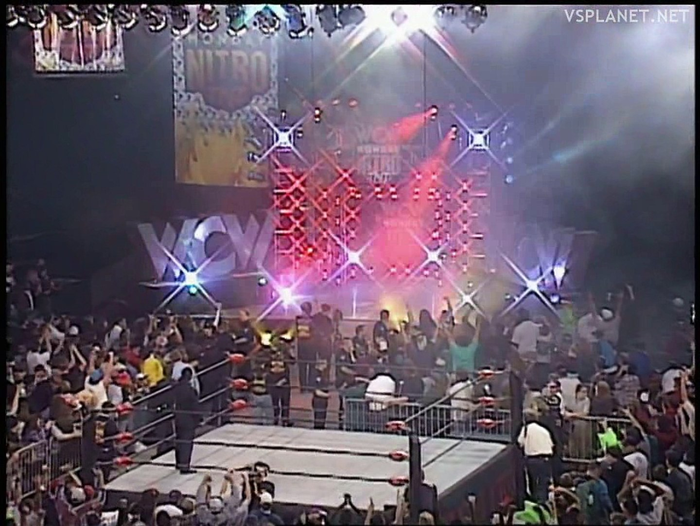 Roddy Piper and Hulk Hogan (via satellite) close WCW Monday Nitro 10.02.1997