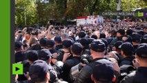 Moldavie : la police asperge de gaz poivre des manifestants de l'opposition