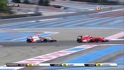 Harrison Scott vence mais uma etapa da Formula Renault 2.0