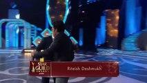 Salman Khan Masti With Shahrukh Khan   SRK   Award Show 2016 Best comedy Mimicry of bollywood