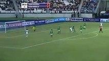 Gol Atan Eto o yu Kovalamak -Onuruyla oynarcasına gol atan Etooyu kovalayan tatlış kaleci