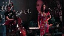 เพลง หวั่นใจรัก (Hesitated) - YouTube