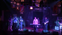 'Brandy' performed by Rhythm Method (Chicago) at Hard Rock Cafe