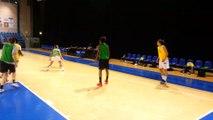 Queralt Casas à l'entraînement de Basket Landes