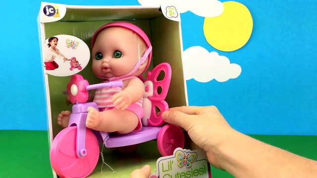 Twin Babies Baby Dolls Cow Baby Doll Butterfly Tricycle Playing in the Park Toy Video