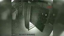 İzmir Güvenlik Kameralarına Aldırmadan Hırsızlık Yapmışlar