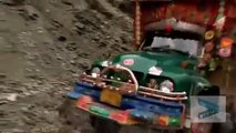 You will be shocked to see this dangerous scene of Pakistani hill station's roads.