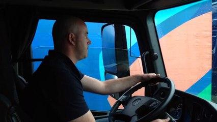 Opération escargot à bord d'un camion