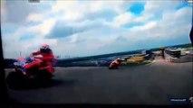 MotoGP: Andrea Dovizioso and Dani Pedrosa crash in Austin (2016)