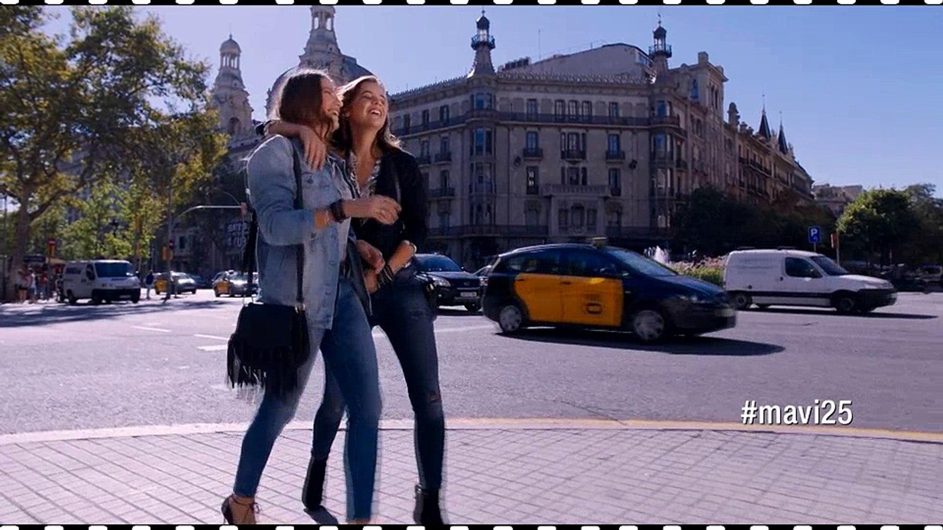 Mavi - Serenay Sarıkaya & Barbara Palvin Reklam Filmi | Çok Parlıyoruz!