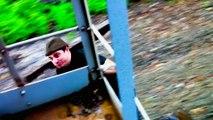 Cet idiot se fait chopper à grimper sur des trains de marchandise aux USA