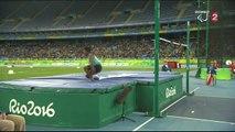 Saut en hauteur (H) : du haut de son 1,63 m, l'Indien Thangavelu franchit 1,89 m pour décrocher l'or