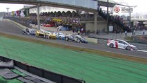 Acidente na largada interrompe corrida da Copa Petrobras de Marcas