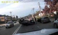 Une femme russe renverse sa voiture toute neuve seulement 3 heures après son achat !