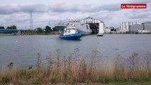 Lorient. DCNS : mise à flot de la Fremm Bretagne