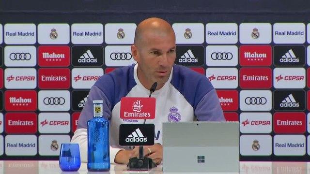 Foot - ESP - Real Madrid : Zidane «Content de Varane»