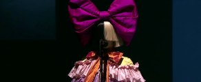 Sia - The Greatest - Live 2016 (Apple Events )