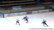 Le plus gros tampon vu dans un match de hockey sur glace !