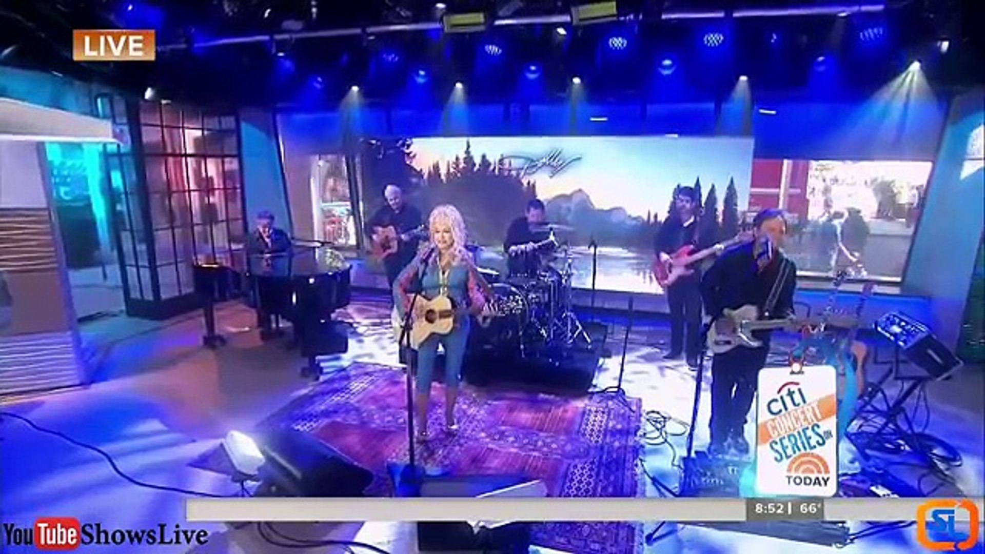 Dolly Parton - Pure & Simple   (LIVE In The  Today Show August .24. 2016)(The Album Pure & S